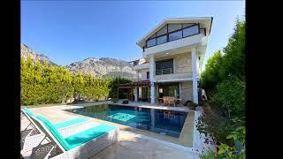 Göcek'te Satılık Havuzlu Müstakil Villa